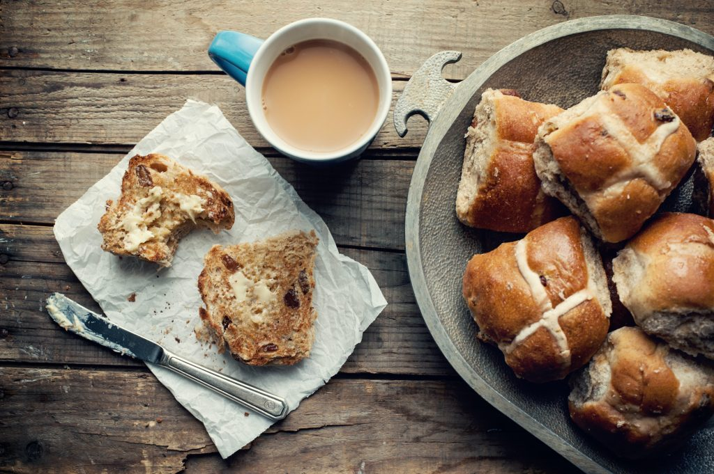 tips and tricks for the best hot cross bun recipe